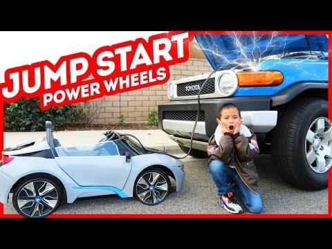 Kids Jump Start Dad's car, power wheels BMW i8 (Skit) - TigerBox HD