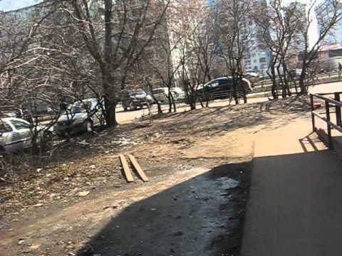 Апрель на ул.Катукова