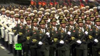Китайские солдаты на Красной Площади в Москве 军队 / Chinese soldiers on Red Square in Moscow,Russia