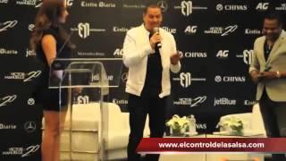 VICTOR MANUELLE Y ALEX MATOS CANTANDO ACAPELLA