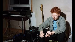 king krule - perfecto miserable but it's slowed by 4% and panned right 30%