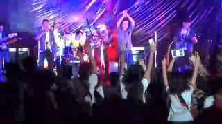 [The Avengers Guitar show] Cây bàng - Bức Tường cover by GBA ; Tâm hồn của đá - Bức tường
