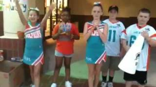 CFYFL Dolphins Cheer for Hunger at Community Food Drive
