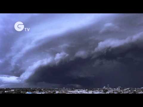 Dramatic storm over Melbourne, Australia - Extreme Weather