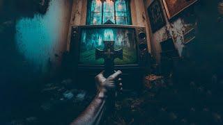 Fernseher läuft im GEISTERHAUS (mit Urbex Mike)
