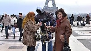 На улицах Парижа (экскурсия). On the streets of Paris (excursion)(В видео показаны улицы и площади, расположенные на них интересные объекты, витрины магазинов, уличные сцены..., 2016-03-28T08:59:44.000Z)