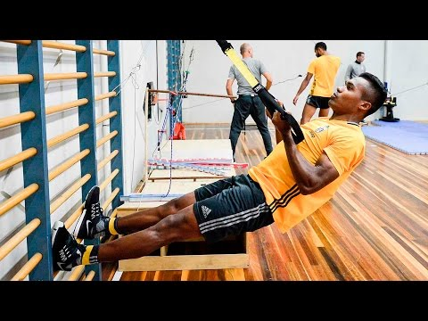 At work in the gym - Juve On Tour: al lavoro in palestra