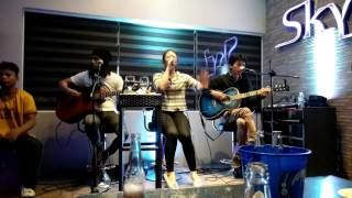 live band in a resto bar in bohol philippines