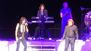"""""""I Want to Know What Love Is"""" Foreigner(Original Lineup)@Hard Rock Atlantic City 11/30/18"""