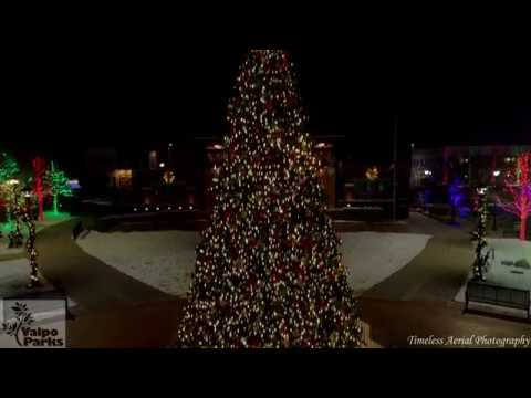 christmas-at-central-park-plaza-ice-rink-lights-music-video-extended-cut-4k