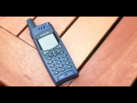 Looking Back - 2000 - Ericsson R380 World Phone