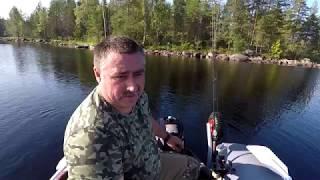 Рибалка і відпочинок в Карелії на лісовому озері