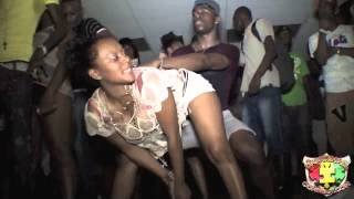 Aidonia - Tip Pon Yuh Toe (Raw) [Full] - September 2012 NEW!!