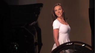 スカーレット・ヨハンソンの輝く髪が美しい!「LUX」CMメイキング スカーレットヨハンソン 検索動画 17