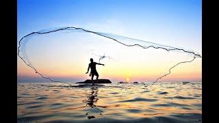 Традиционная рыбалка кастинговой сетью на Кубе Traditional fishing casting net in Cuba
