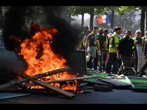 أعمال شغب وحرق سيارات خلال احتجاجات السترات الصفر  - نشر قبل 4 ساعة