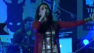 Akriti Kakar singing her song ABHI ABHI from JISM 2