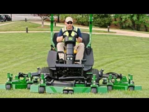 John Deere | 1600 Series Turbo III Wide Area Mower: All in a Day's Work