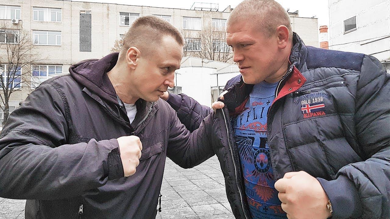 Качок разбил нос бойцу / Макс Новоселов против Димы Пономаренко