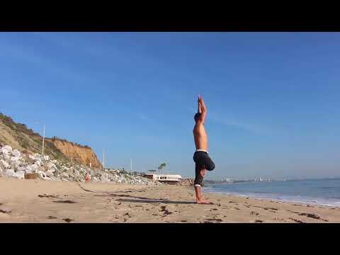 Yoga on the beach / FULL CLASS