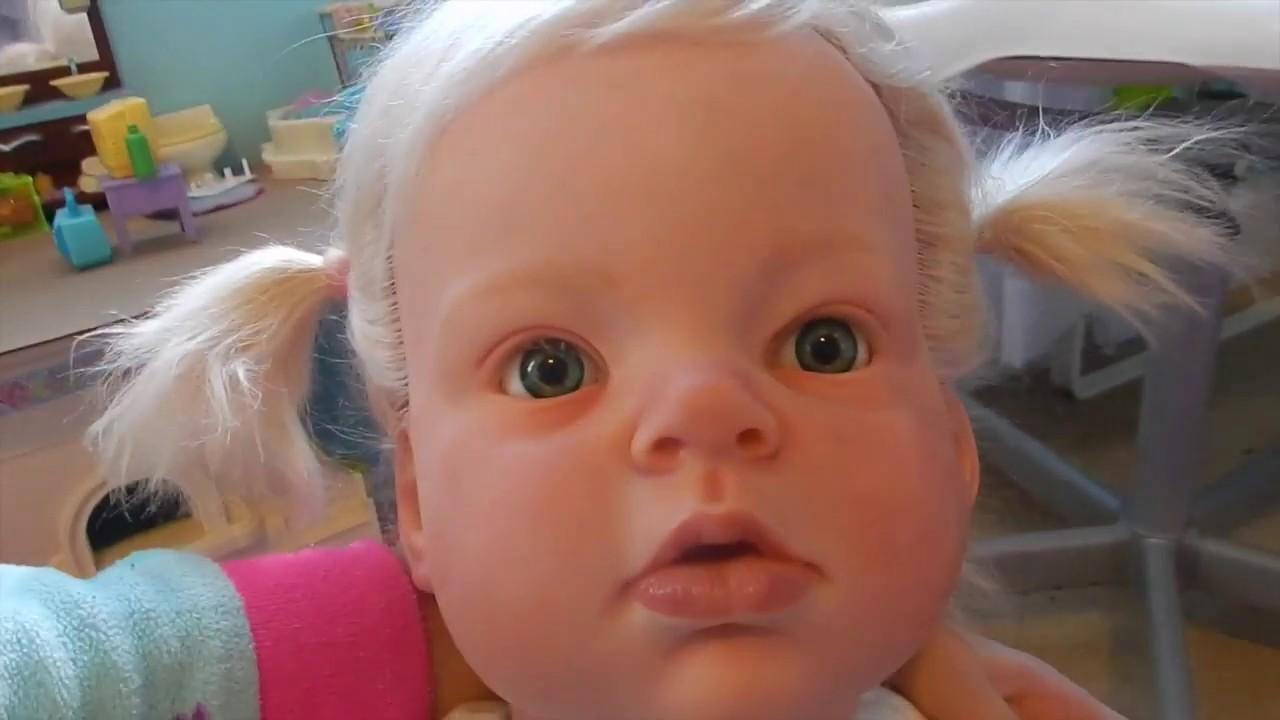 Reborn Toddler Lauras Details