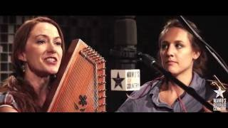 Empty Bottle String Band - Wildwood Flower [Live at WAMU's Bluegrass Country] thumbnail