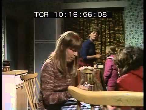 Kizzy Episode 6 The Bonfire ( 25 February 1976 )