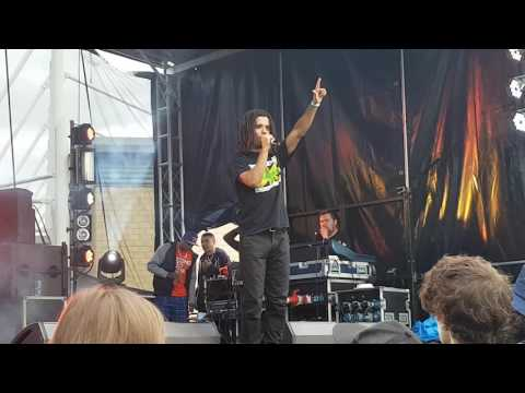 Product Earth Expo | Akala - Find No Enemy