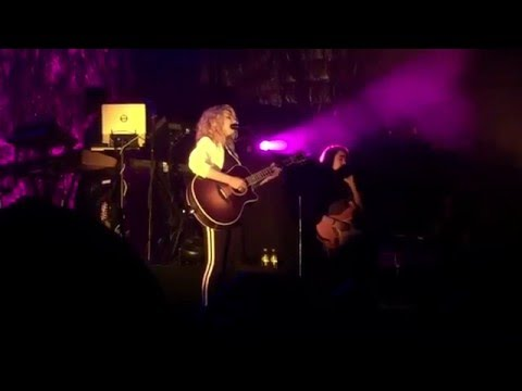 Tori Kelly 'Art of Letting You Go/ Paper Hearts' Humphrey's San Diego
