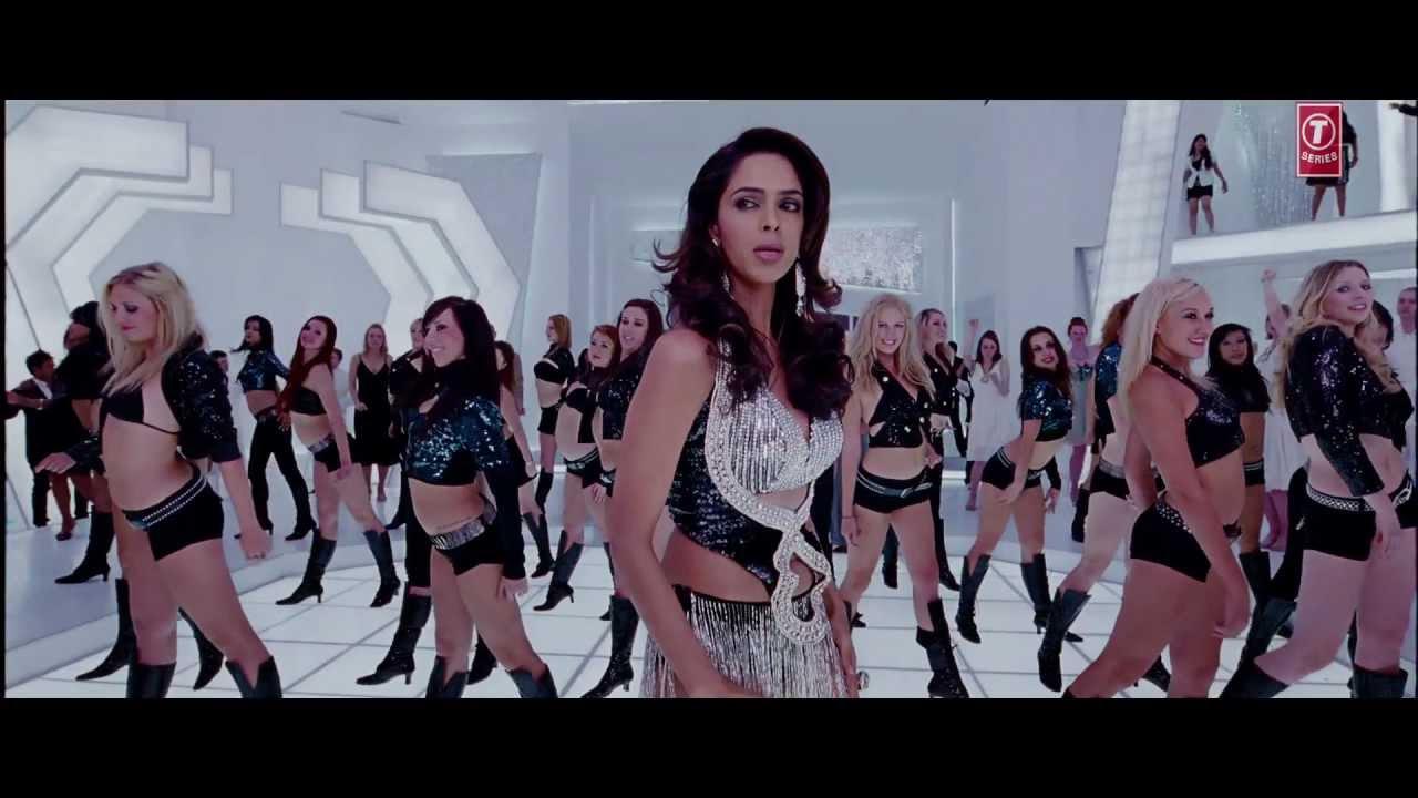 "Download ""Razia Gundo Mein Phas Gayi"" (Full Song) ""Thank You"" Feat. Mallika Sherawat , Akshay Kumar"