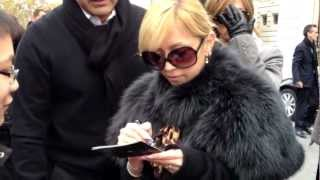 Ayumi Hamasaki in front of the Shangri-La hotel in Paris (November ...