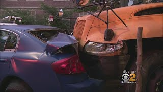 Video School Bus Slams Into Parked Cars In Brooklyn download MP3, 3GP, MP4, WEBM, AVI, FLV Oktober 2018