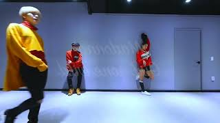 [MIRRORED] Madonna- Girl gone wild dance cover by Navinci