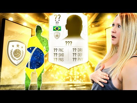 I KISSED MESSI AND PACKED MY MOST INSANE ICON!! FIFA 19 Ultimate Team