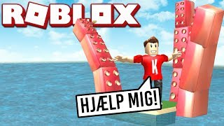 GIANT SQUID ATTACKING! | English Roblox: Cursed Islands