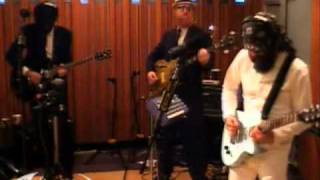 Eels - Fresh Blood (live on KCRW)