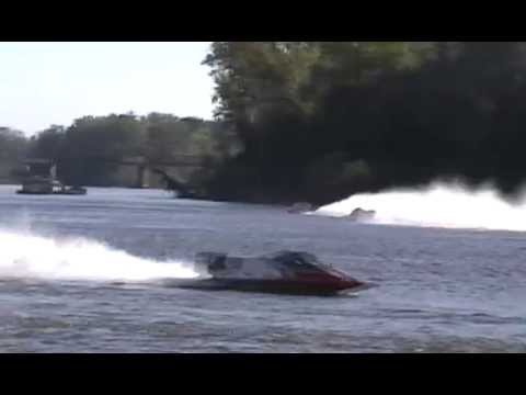 Formula One Champ Boat Youtube