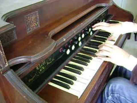 Vintage Pump Organ (Bell Reed Organ) from 1907