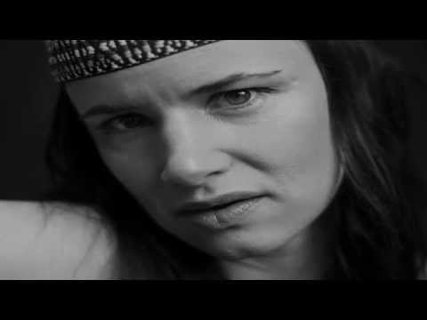 Juliette Lewis -  this is not america
