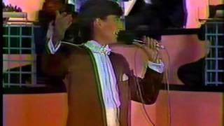 "Francisco Xavier - ""Dejenos vivir"" en Festival OTI 1987"