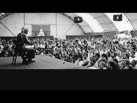 Audio | J. Krishnamurti – Saanen 1971 – Public Discussion 3 –Harmony of the mind, heart and body