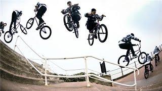 Шутки тут на велосипедах видео BMX ПРИКОЛЫ.самые интересные видео шутки на велосипедах(шутки на велосипедах тут 0:13 0:47 0:59 прыжки спуски фото гонки на велосипедах 1:27 1:34 1:53 шутки велосипеды Пока..., 2014-10-05T20:10:05.000Z)