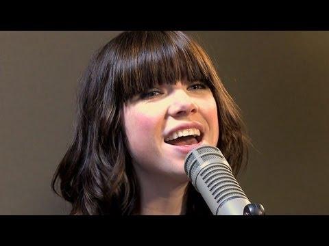 Carly Rae Jepsen Sings Joni Mitchell -