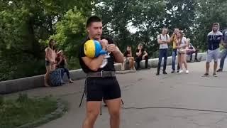 Рекорд України 1030 підйомів 24 кг останні секунди. Ткачук Микола