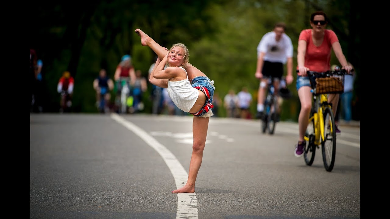 dance moms maesi and lilly attempt to break 10 minute photo