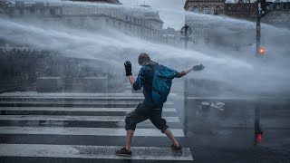 video: Video: French police use water cannons, batons and tear gas on protestors