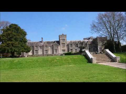 R U in Ireland exploring Mallow town sights in County Cork