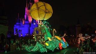 magic-kingdom-main-street-electrical-parade