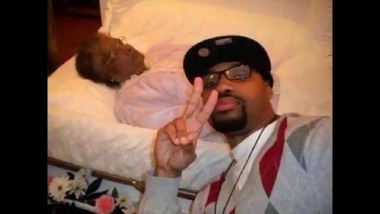 Worst selfies ever top selfie fails youtube for Christian kies