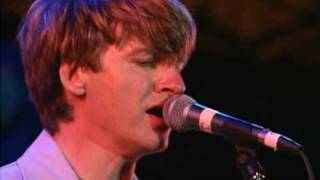 Download Crowded House - Don't Dream It's Over Live (HQ) Mp3 and Videos